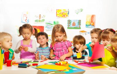 iStock_kindergarten kids - arts and crafts_Purchased